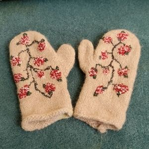 J Crew Floral Embroidered Mittens, Good Conditon